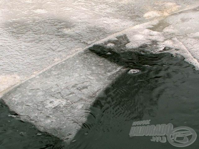 A jég alatt lehetetlen volt felbecsülni a pusztulás mértékét