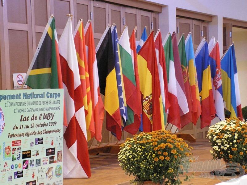A 11. VB színhelyén 21 ország zászlaját lengette a szél
