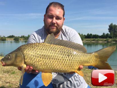 A Carplandia tavon horgásztam