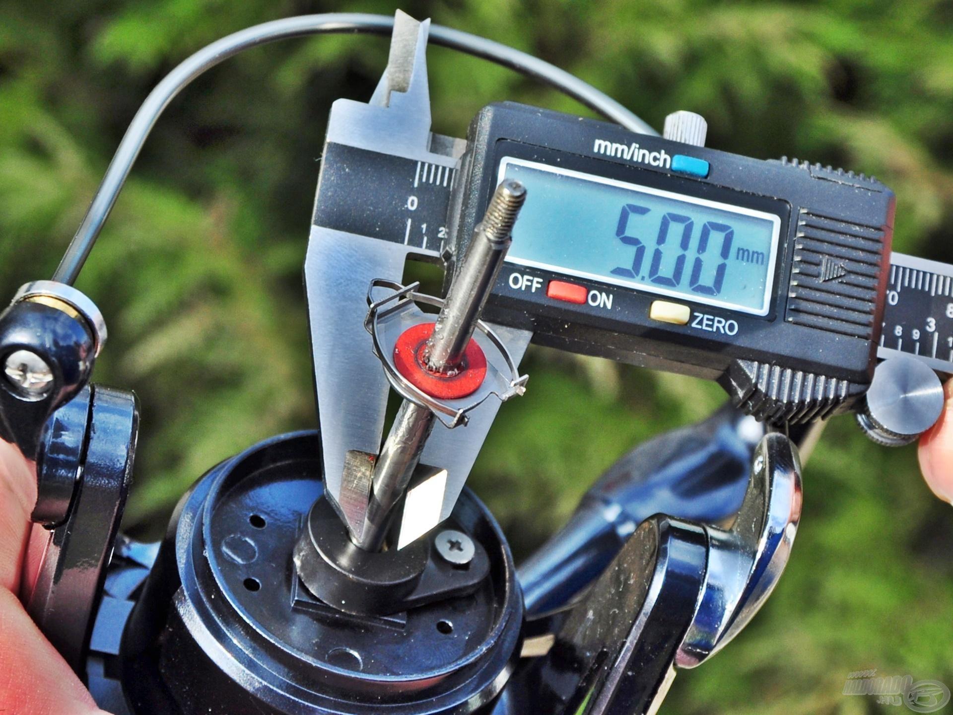 Az 5 mm-es tengely megfelelően erős tartást ad minden fárasztáskor