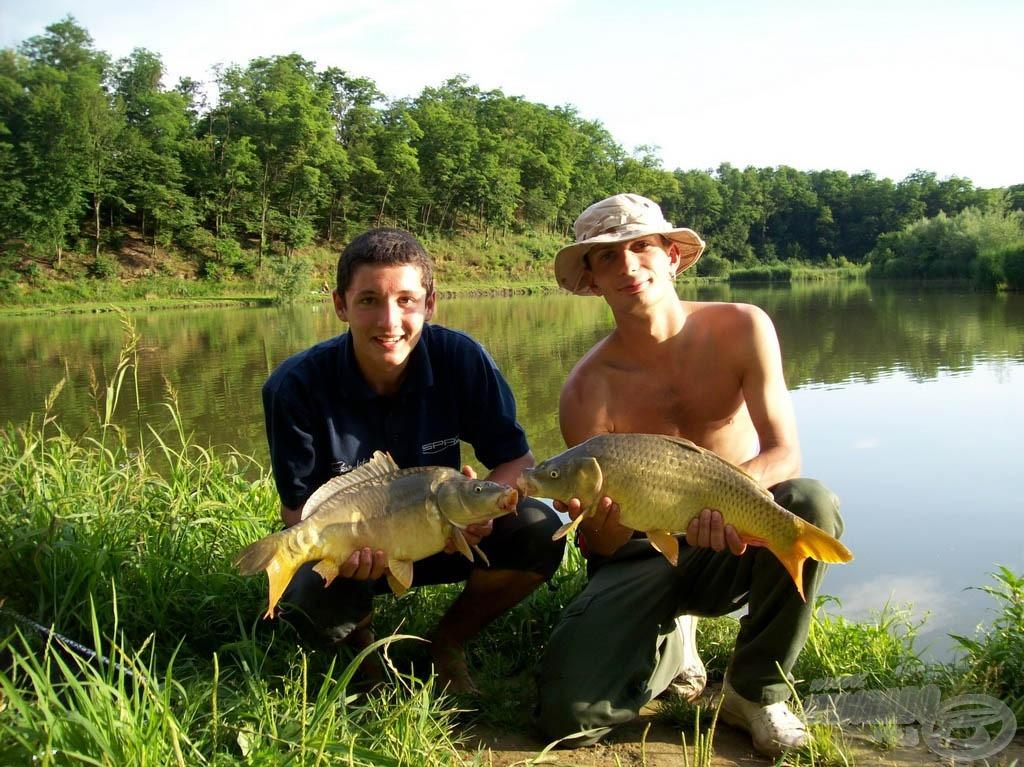 Sikerült egy közös fotót is csinálnunk, köszönhet a halaknak