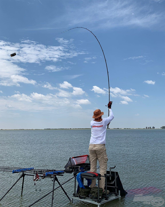 Az első tréningnap halkereséssel telt, ami leginkább a nagytávolságú horgászat gyakorlásában merült ki