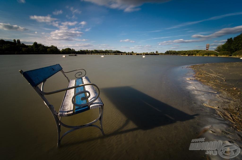 Vízben állva (a fotó ND1000 szűrővel készült 30 mp expozíciós idővel)