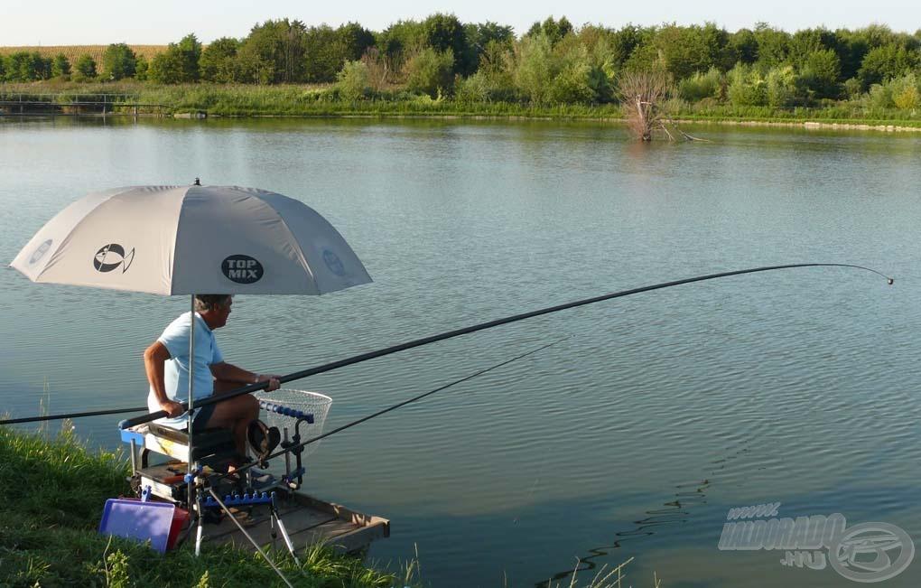 Nemcsak pontos horgászatot, hanem pontos etetést is lehetővé tesz a rakós bot