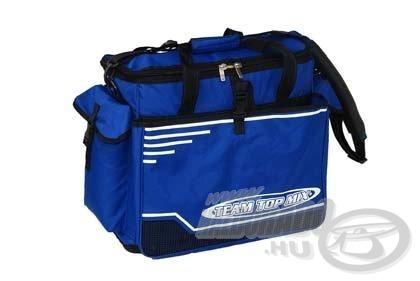 A megfelelő méretű szerelékes táskába bepakolható minden a görgőtől a bottartókon át, akár még egy meleg ruha is