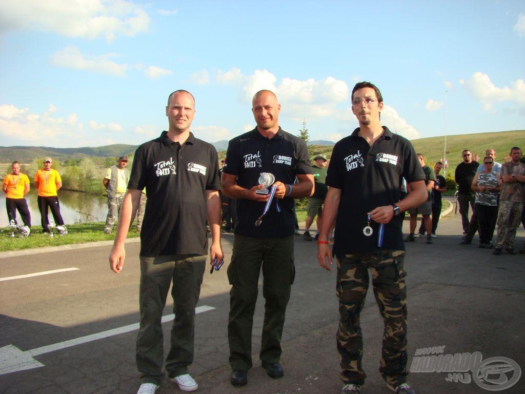 Borisz Carp Team - Total Baits: A különdíjas párharc másik csapata, 4. hely, 359 kg összfogással