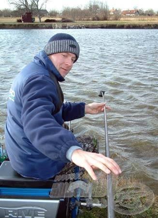 A legpontosabb horgászatot a rakós botos technika nyújtja. Etetőcsészével betolt finomságokra 1-2 órán belül szinte biztos, hogy lesz jelentkező!