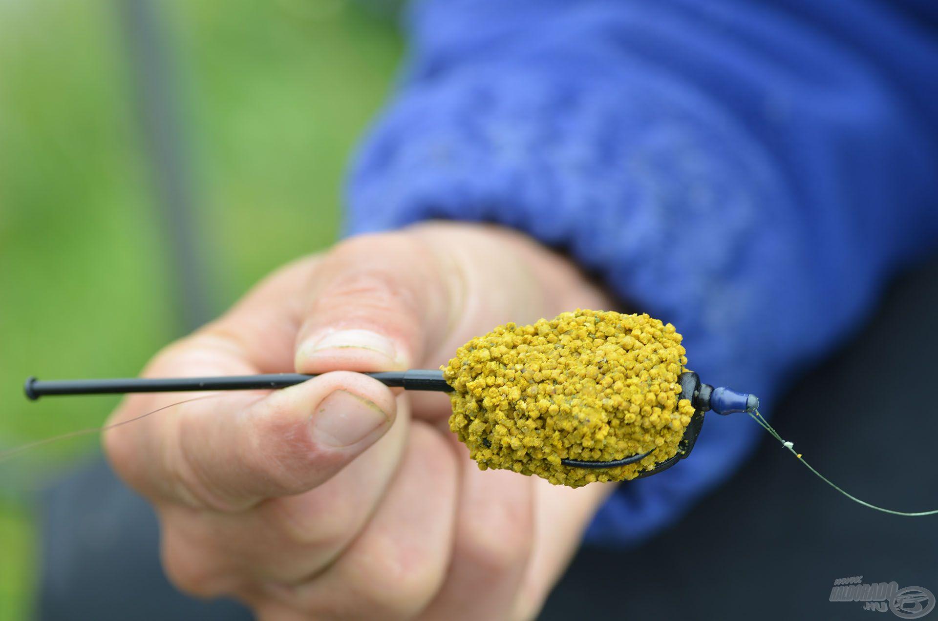 Elsőként a kosárba Fluo Micro Method Feed Pellet - Zöld Afrika került