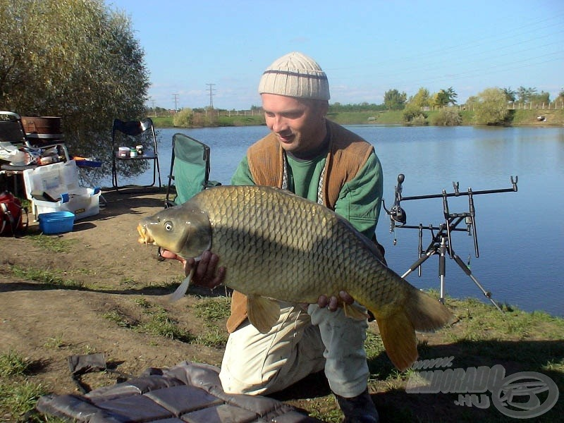 A tó egyik 11 kg-os matuzsáleme tette tiszteletét