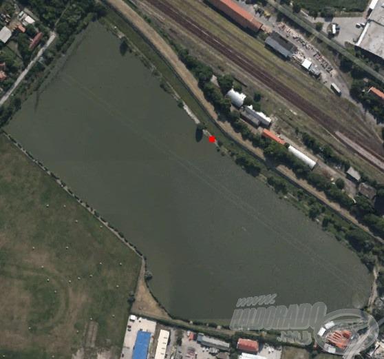 Piros négyzettel jelöltem a horgászhelyemet. Pontosan nem tudni, hogy miért, de ez a hely általában jó választás