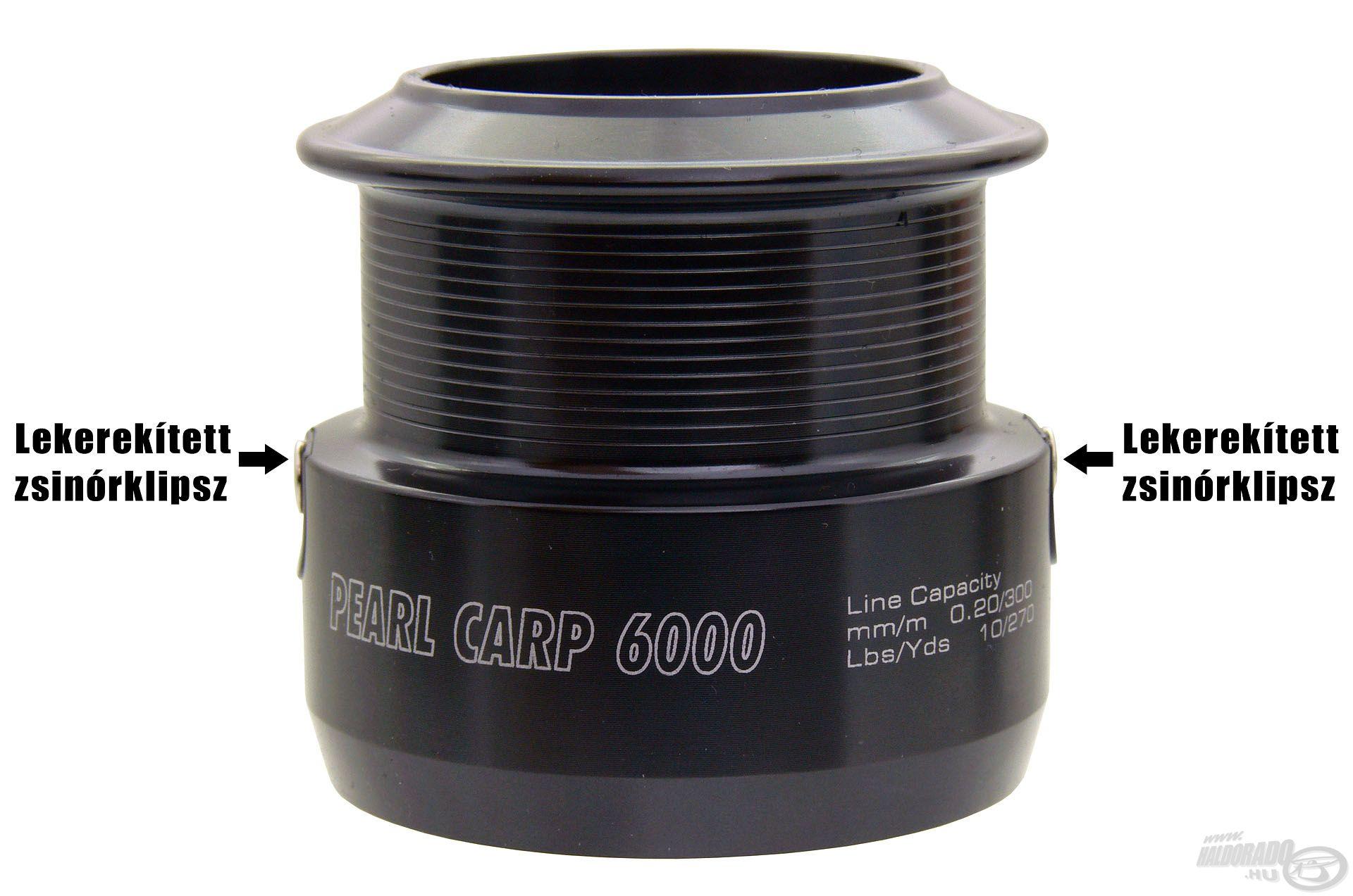 Ahogy a többi By Döme TEAM FEEDER modell, a Pearl Carp orsók is 2 db ilyen klipszet viselnek dobjaikon