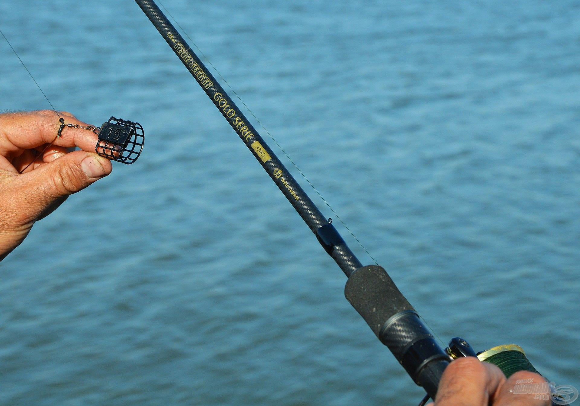 Ultra finom, kis kosaras, partközeli horgászathoz specializált versenybot