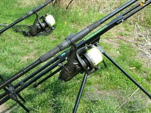 A bojlis botokkal legtöbbször párban vagy hármasával célszerű horgászni
