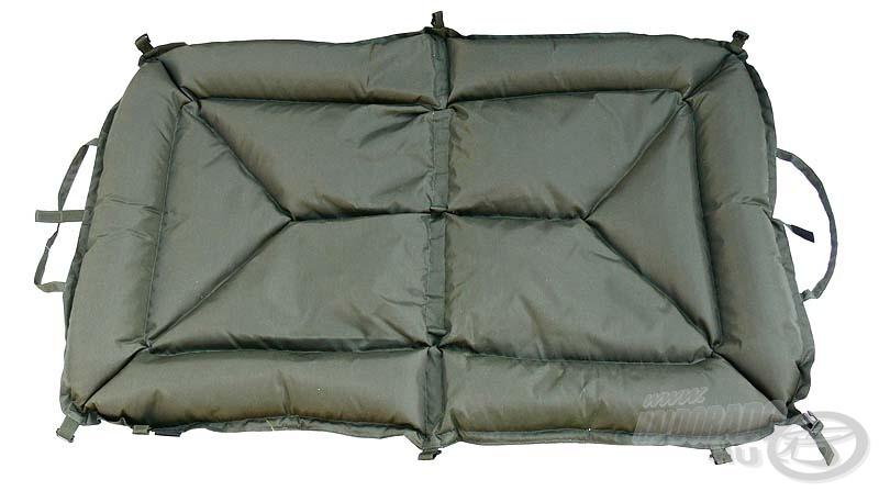 Íme, egy olcsóbb modell az X2-től: ez egy nagyobb helyet igénylő bélelt matrac