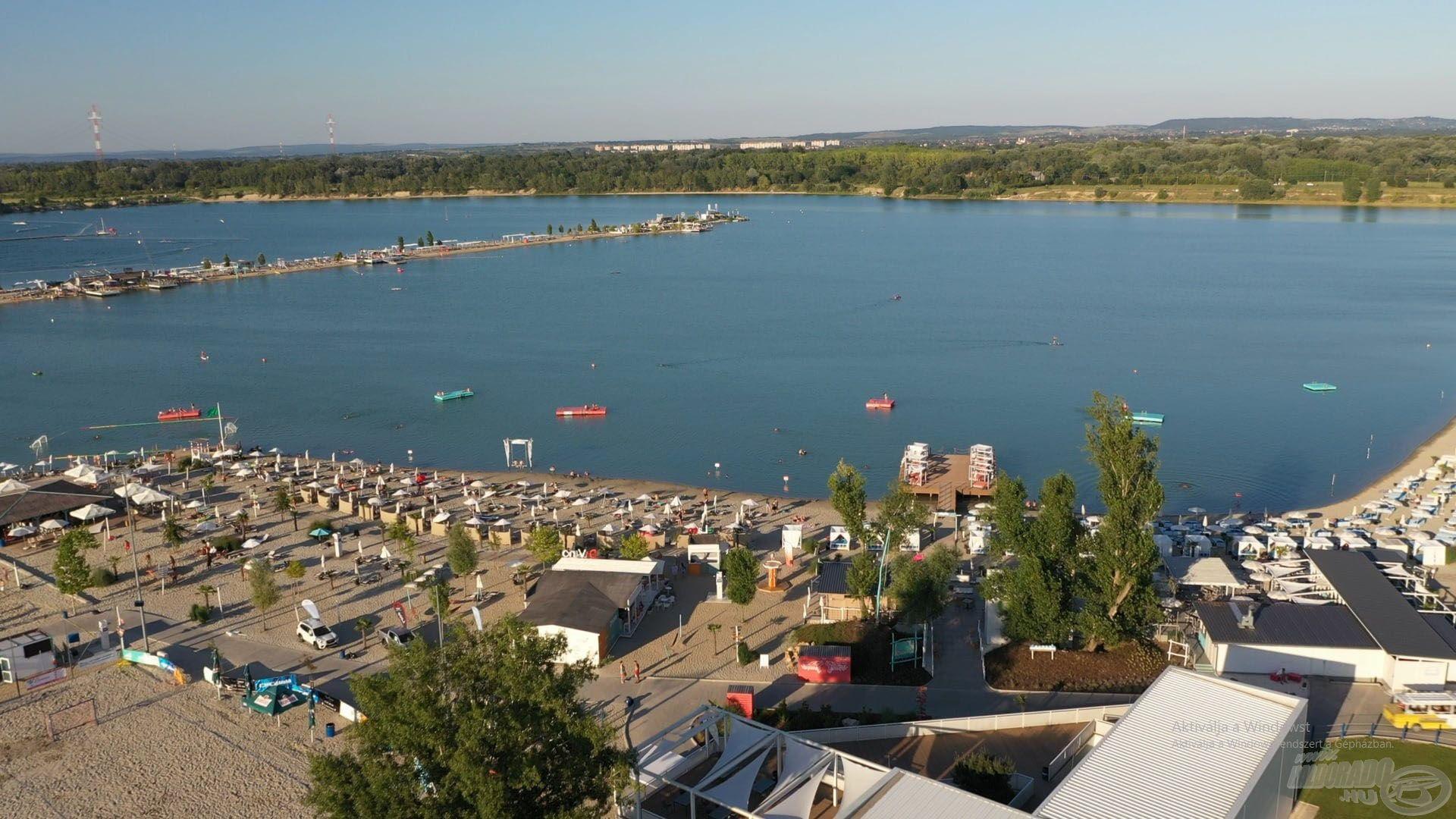 A Lupa-tó Budapest tengerpartja, amely számos vízi sporttal és élménnyel várja az ide látogatókat