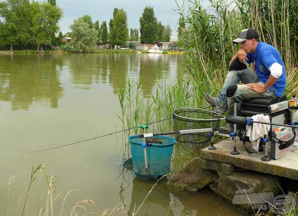 Ennél a módszernél valamelyest többet kell várnunk a halakra