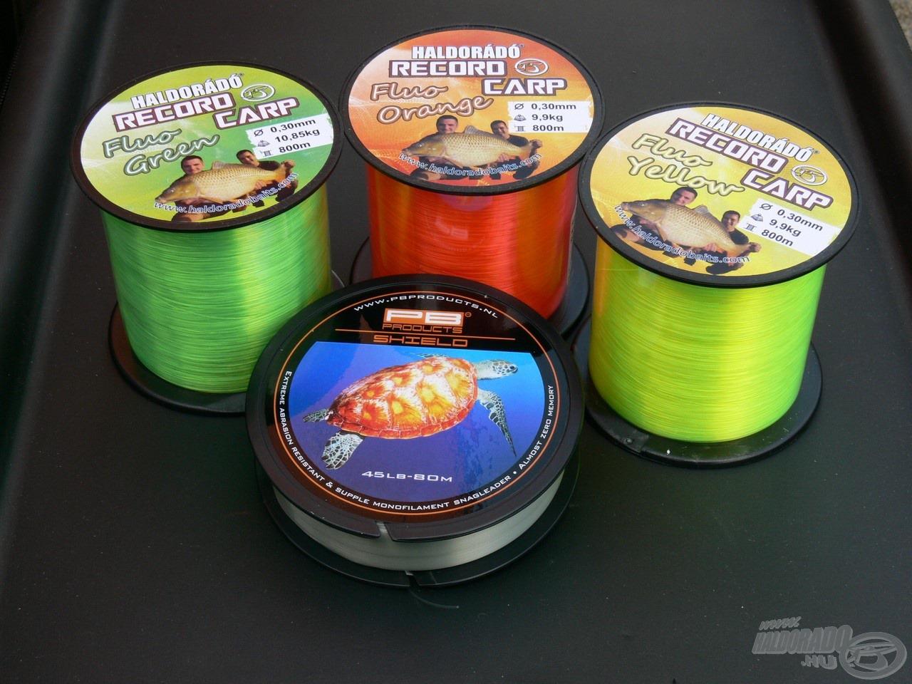 Mindhárman különböző színű zsinórt tekertünk orsóink dobjaira, hogy megkönnyítsük a behúzásokat, ami főképp éjszaka jelentett nagy előnyt