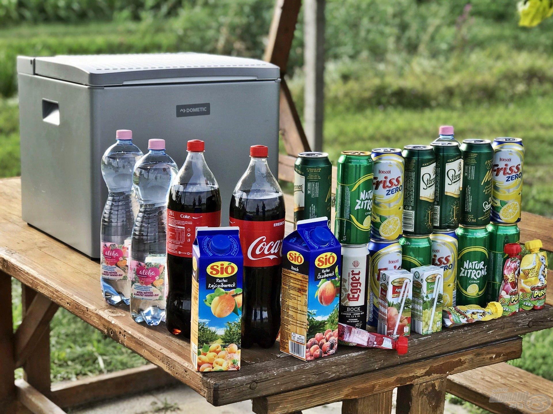 12 db 1,5 literes ásványvizes palack telitölti a hűtőt