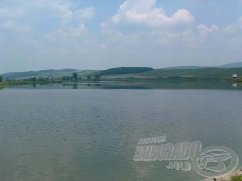 Sokféle hal számára megfelelő lenne a tó, ha vize nem lenne szennyezett