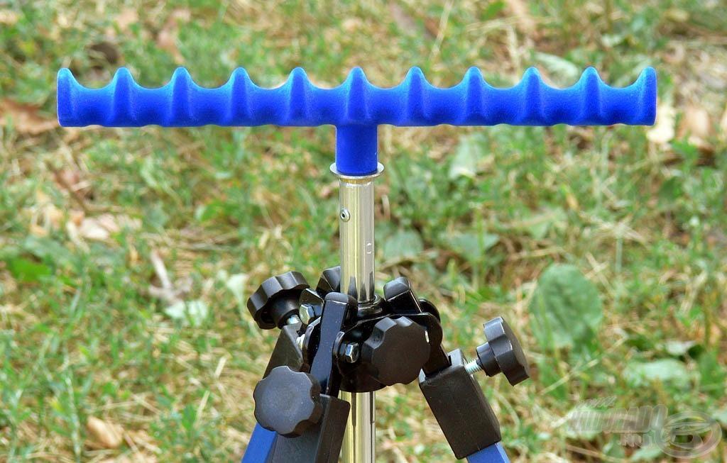 A Tournament feeder fej kapható kék…
