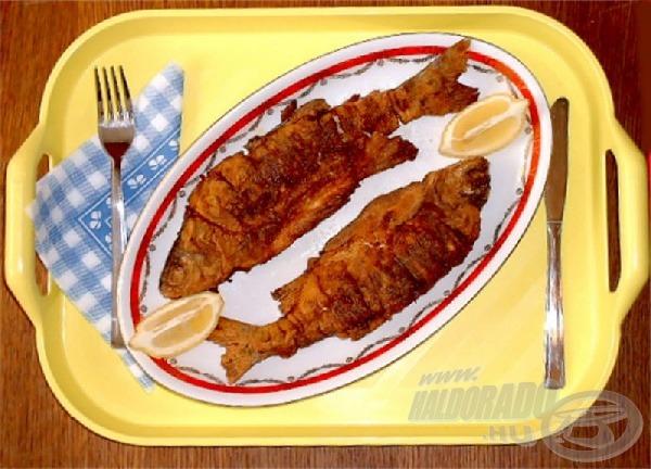 Néhány csepp citromlével még ízletesebbé tehetjük az így elkészített halat