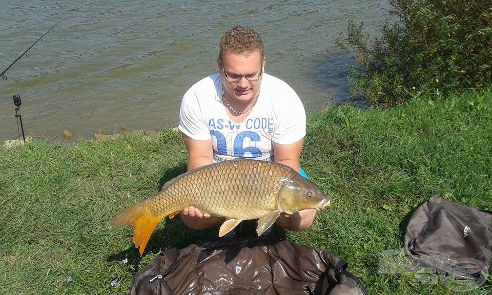 9,14 kg-os pikkelyes