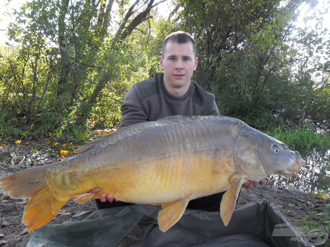Hihetetlen, de az első halam egyből egy 19,64 kg-os tükrös volt