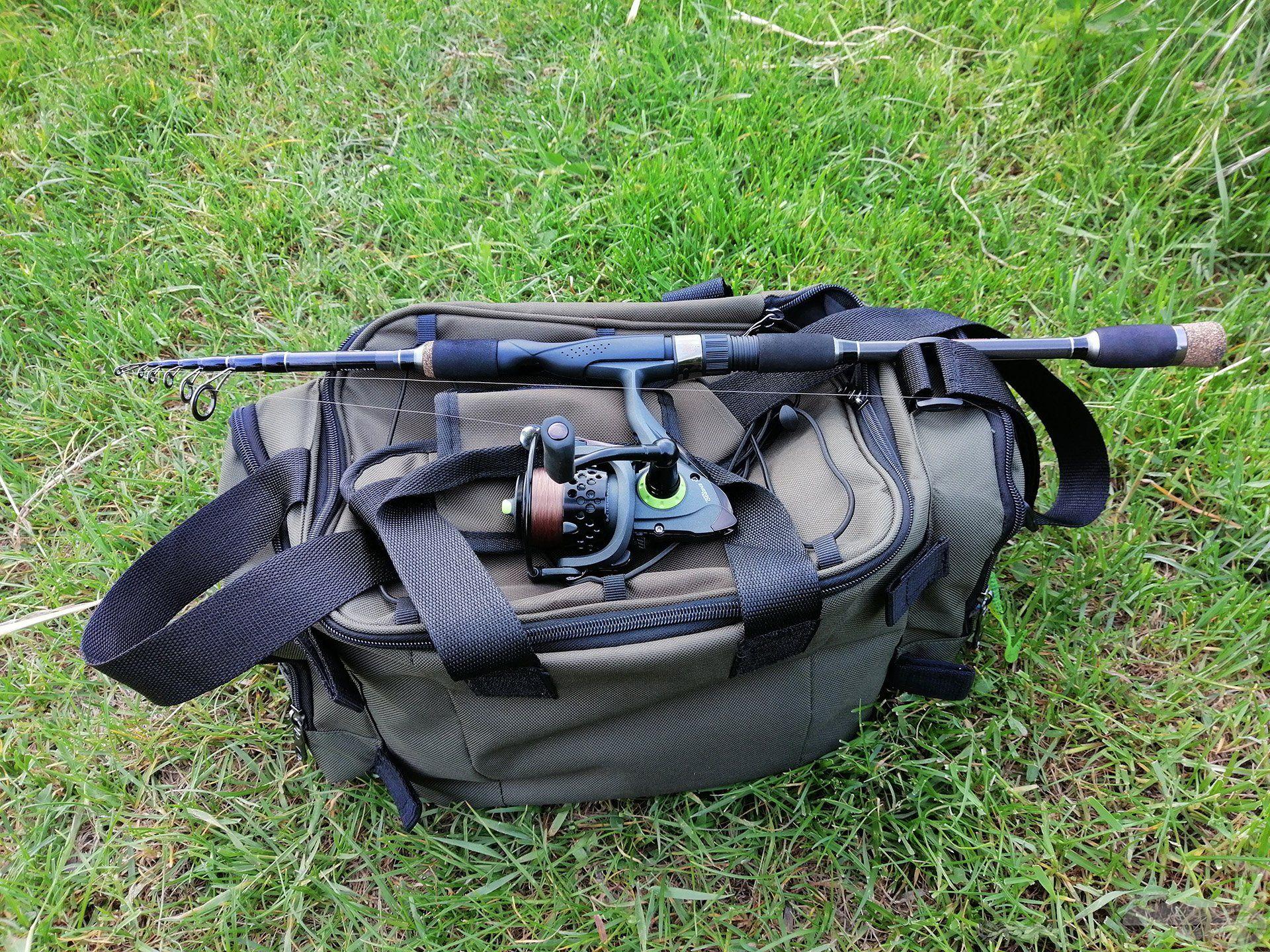 Az új telós pergető botom összecsukva alig hosszabb a kis műcsalis táskámnál