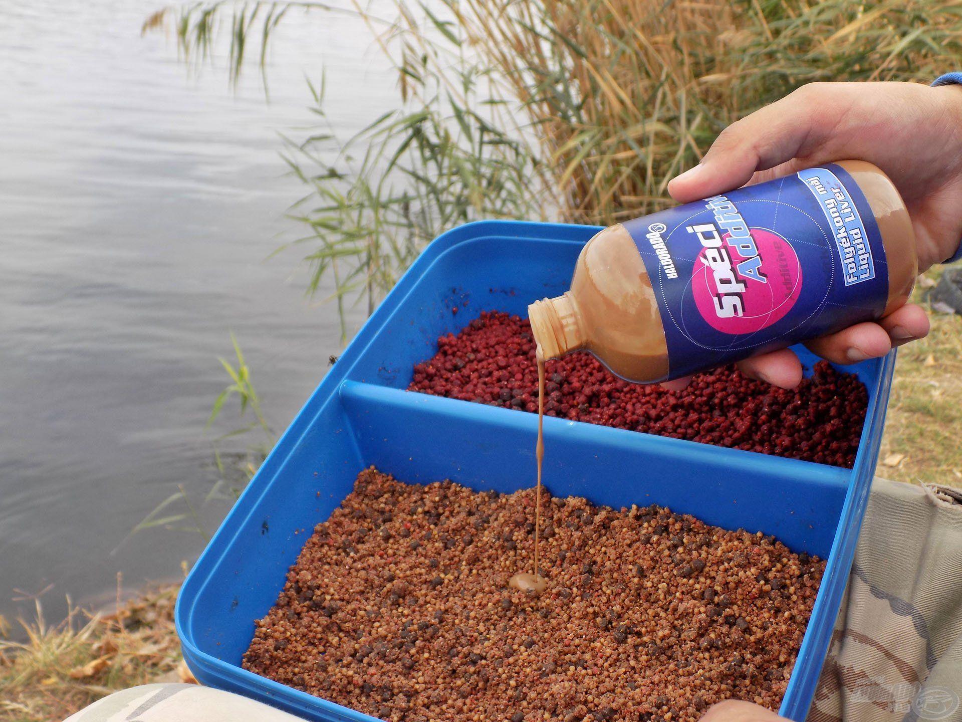"""A SpéciAdditive aromák számtalan felhasználási móddal bírnak, akár a horgászat közbeni """"újranedvesítést"""" is elvégezhetjük ezzel a sűrű aromával"""