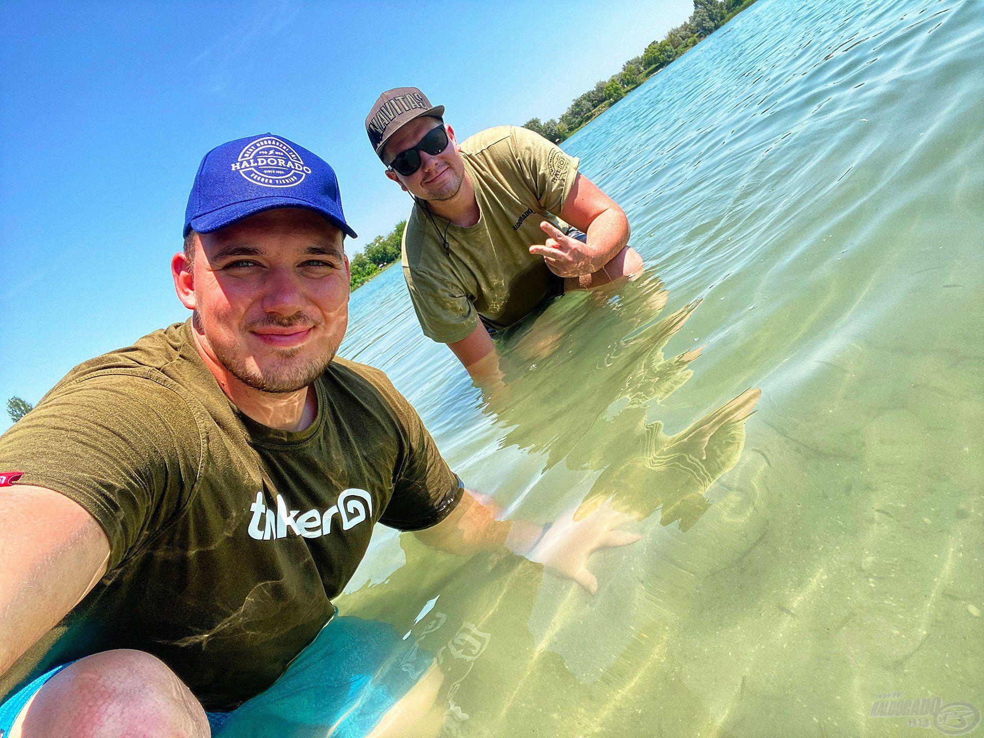 Rokolya Peti barátommal egy remek horgásztúrát töltöttünk júliusban a Dabasi kavicsbánya tónál