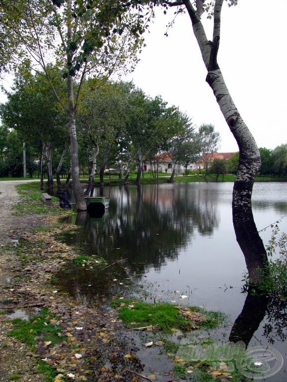 Szép, hangulatos tó