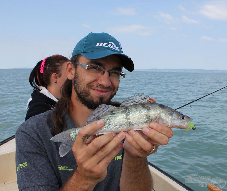 Én kezdetben köveseket fogtam, legtöbbjüket 5 cm-es Nevis Vibra Shad gumihalakkal…