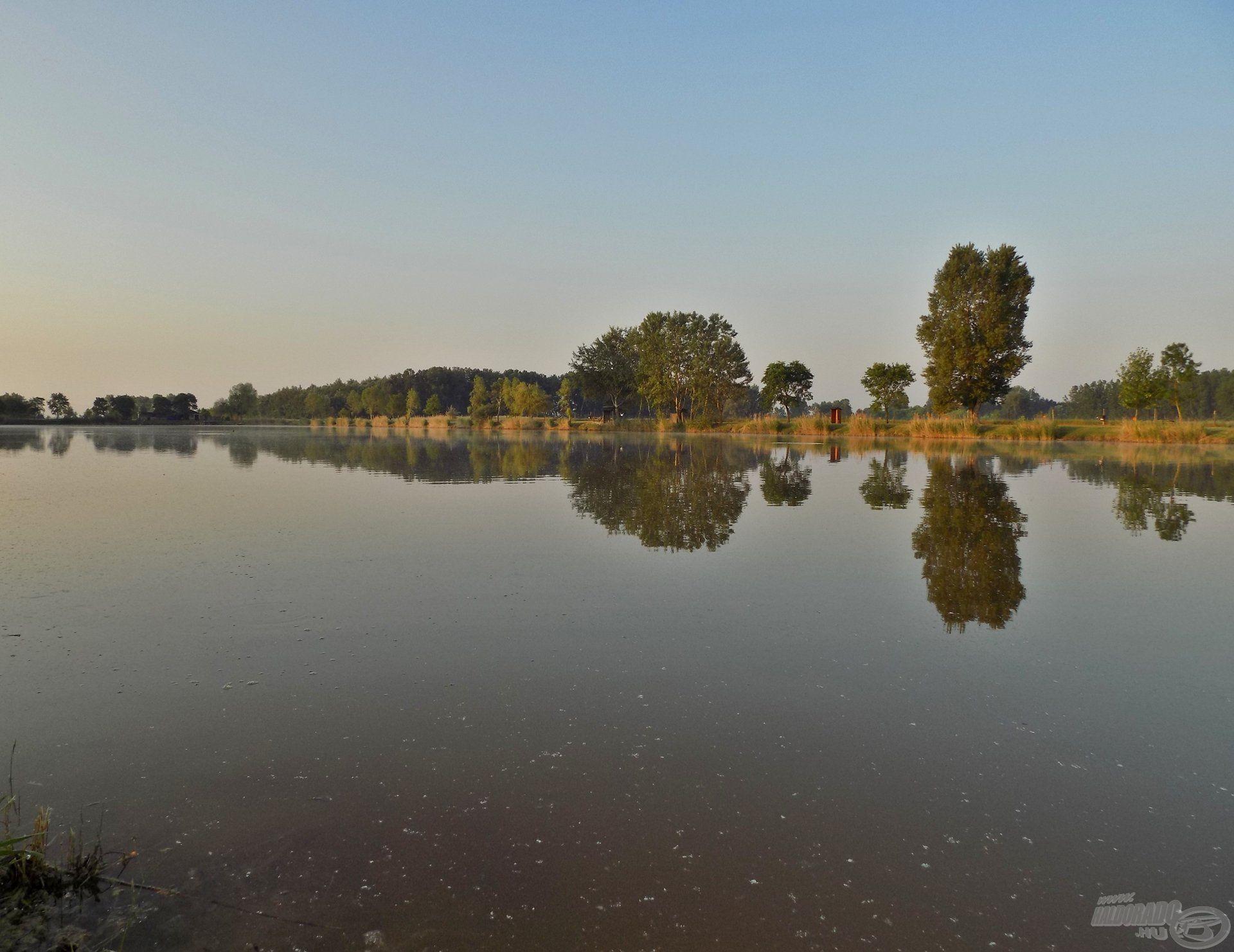 Remekül halasított tóról van szó, ahol távol a város zajától kikapcsolódhatunk. A barátságos fogadtatás, és vendégszeretet mellett…
