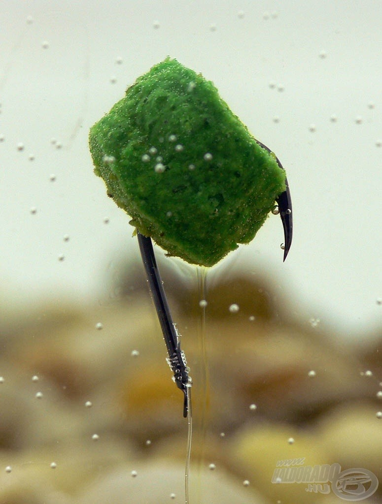 Kerek öble alkalmassá teszi a puha (olykor sérülékeny) pontypellet horgon történő felkínálására is