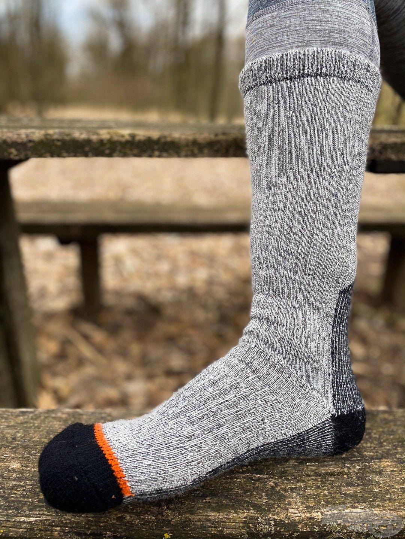Mivel sok időt töltöttünk mellescsizmában a hideg vízben, elengedhetetlen volt a legjobb zokni, mely BootWarmer névre hallgat