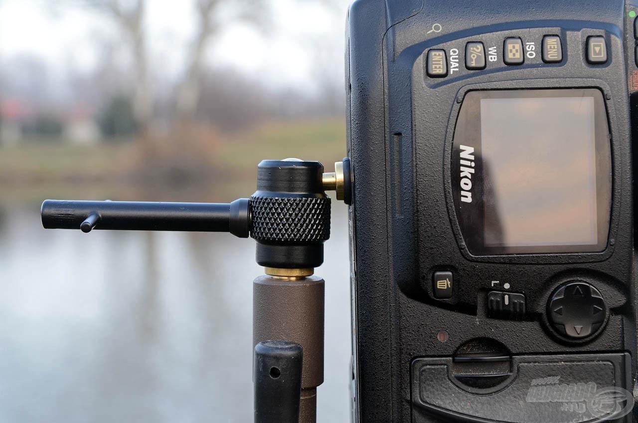 Ezzel a kis segédeszközzel  könnyedén dönthetjük biztonságosan a fényképezőgépünket a megfelelő képszög eléréséig