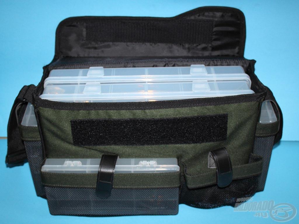 A téglalap alakú dobozok tökéletesen illeszkednek a táska zsebeibe, ráadásul tépőzárral rögzíthetjük őket benne