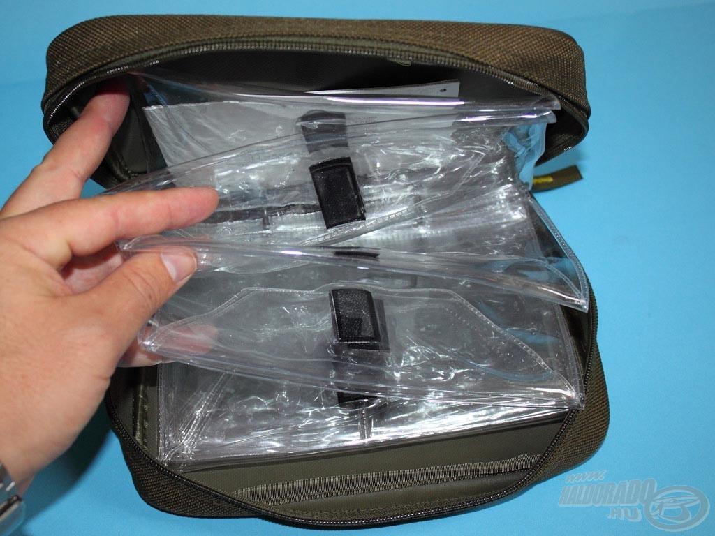 A táska összesen 10 PVC tasakból áll, melyek külön-külön nyithatók