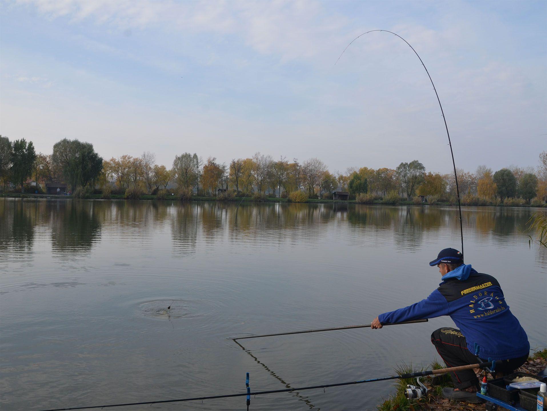 Újabb termetes hal Gábor horgán