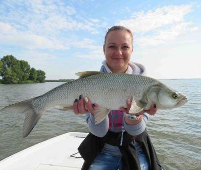 Horgászbottal a Tisza-tavon