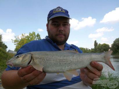 Húzós vízben 3. rész - A kövezés halai