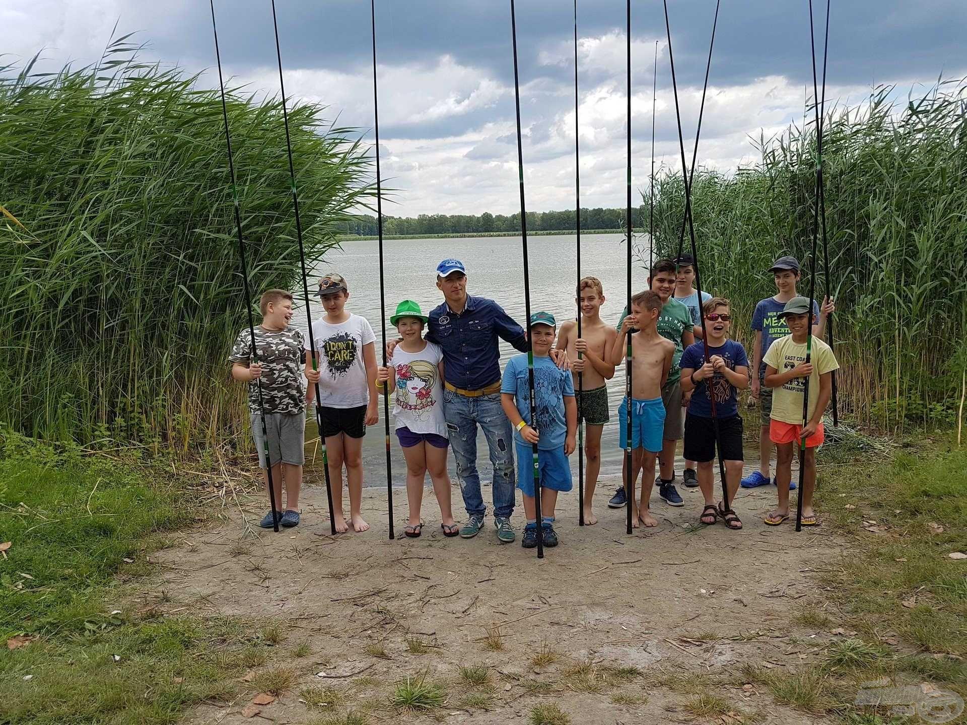 A jubileumi rendezvény alkalmával az egyesület vezetői horgásztábort szerveztek, melynek első turnusán 11 gyermek vett részt