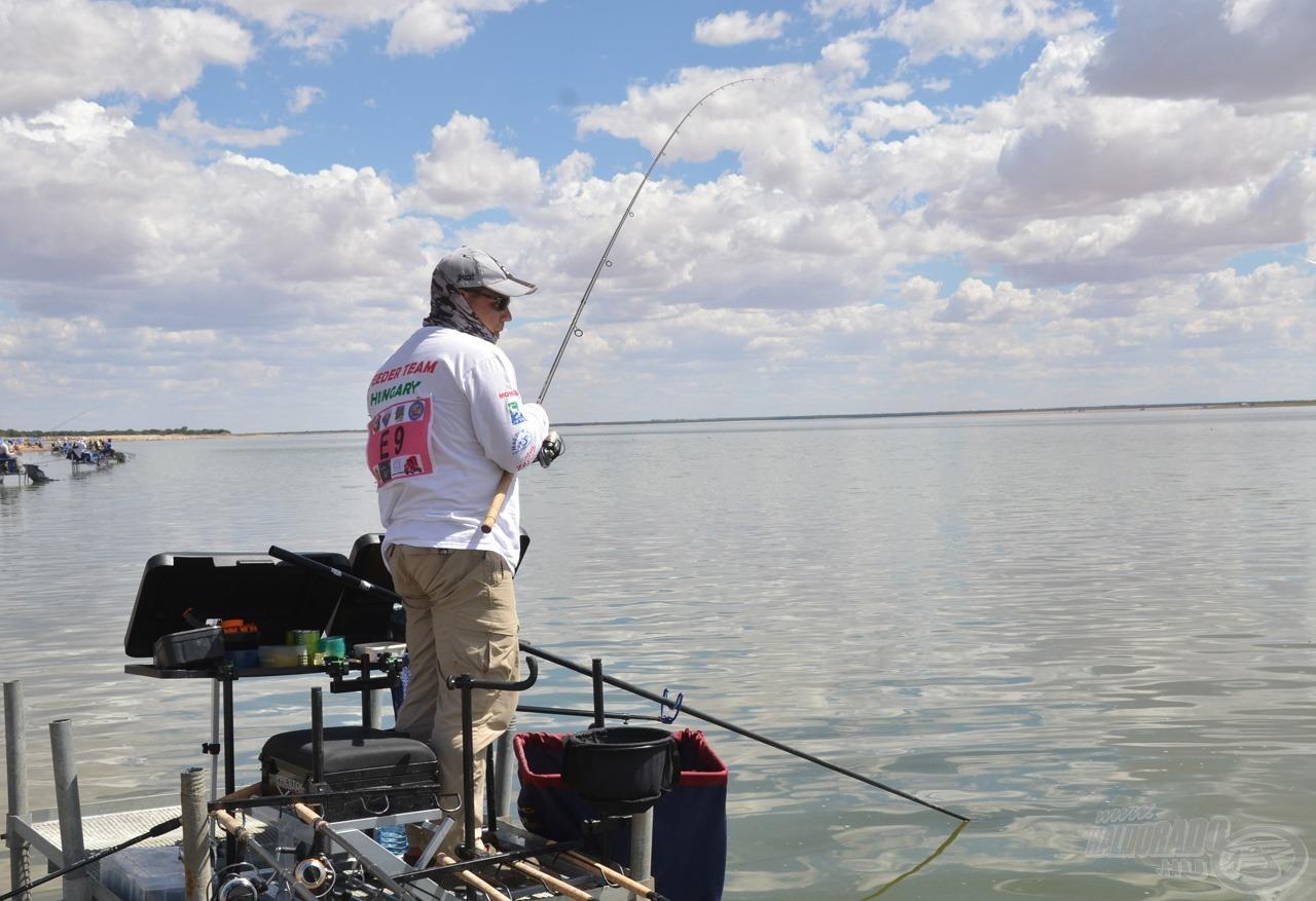 Sivák Mátyás termetes halat fáraszt