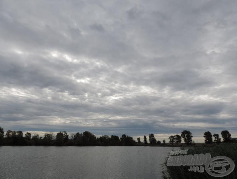 Sajnos reggel 9 körül viharos erejű széllel nagyon csúnya felhők érkeztek