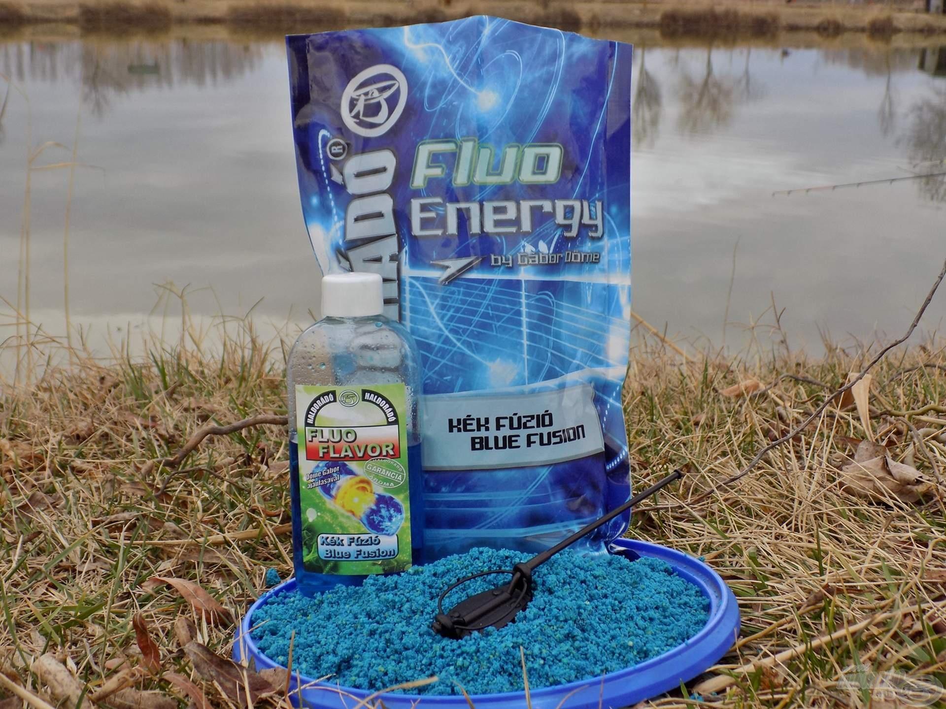 A másik kosárba Fluo Energy - Kék Fúzió etetőanyag került, amihez az – ízben hozzá passzoló – Fluo Flavor aromát adagoltam