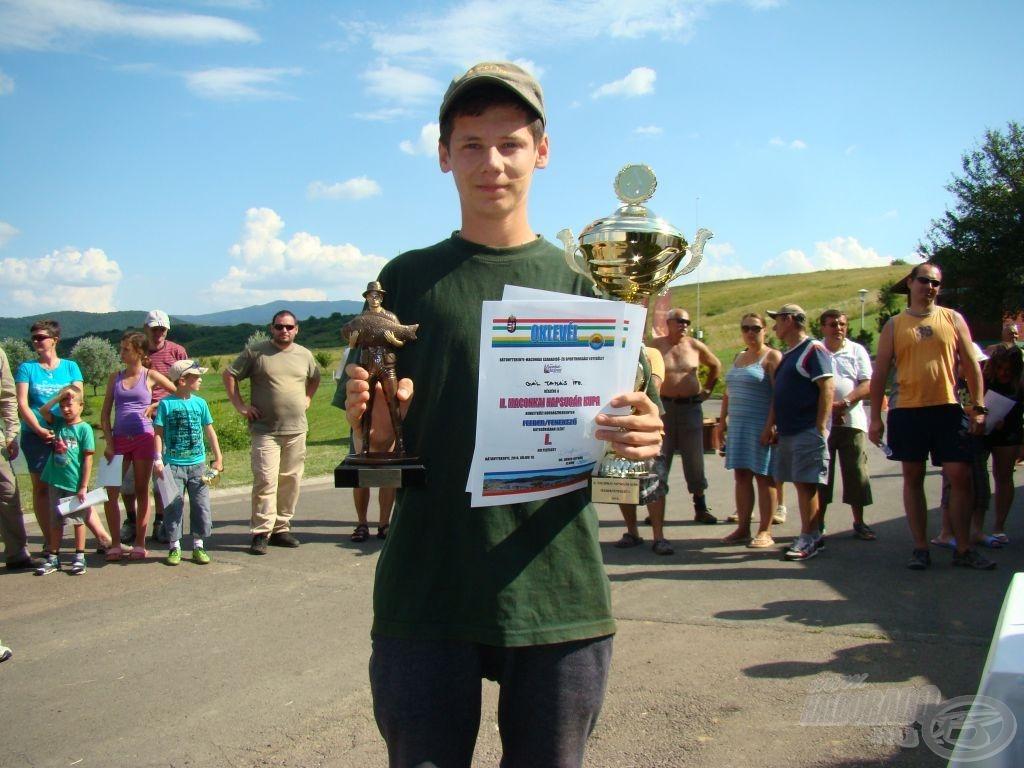 Gál Tamás ifj., feeder arany, egyben a legjobb ifjúsági és külföldi versenyző