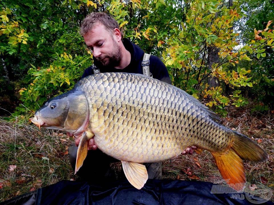 Hadnagy Sándor a természetes vizek szerelmese, s köztük a Tisza-tó kiváló ismerője. Olyan vadvízi fogásokat tudhat magáénak, melyekről sokan álmodnak