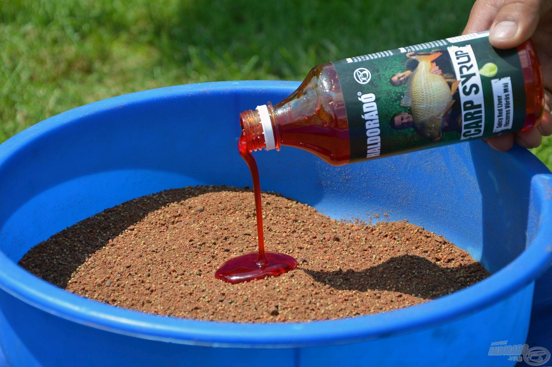 Ezek egyvelege tökéletes összhangban van a Fűszeres Vörös Máj Carp Syrup aromával