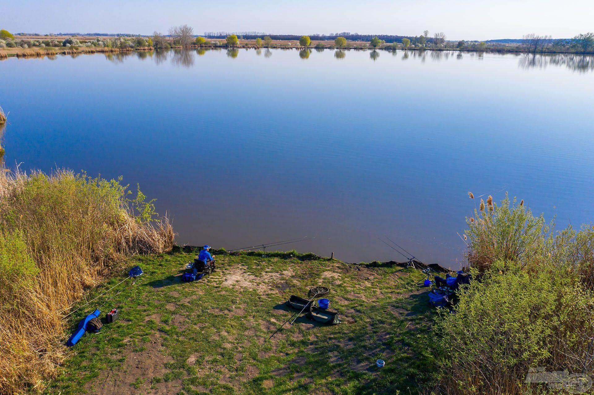 A legismertebb horgásztavuk az Ohati III. sz. tó, amely 26 ha alapterületű