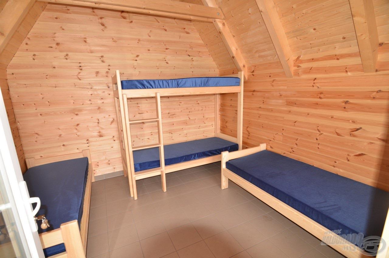 Négy ággyal felszerelve, akár egy család részére is